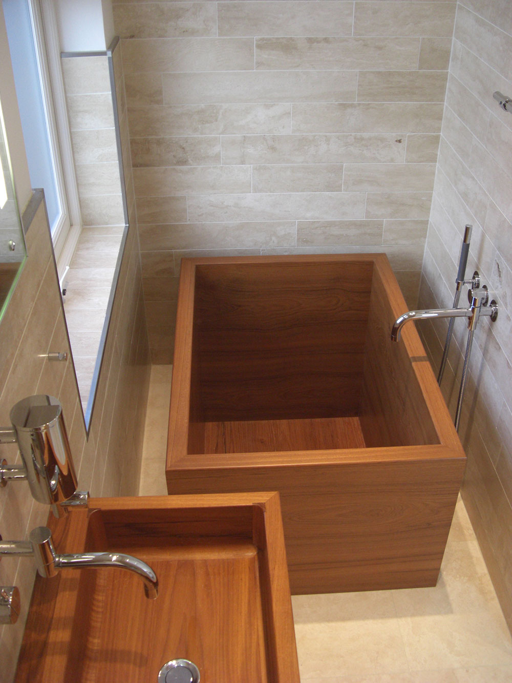 Japanese teak bath tub